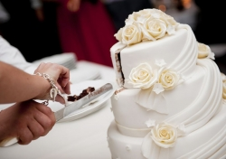 Що потрібно знати про весільний торт?