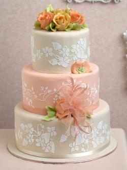 Замовляємо смачний торт на весілля