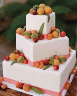 Літній весільний торт на замовлення