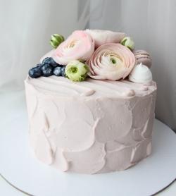 6 незвичайних ідей оформлення весільного торта